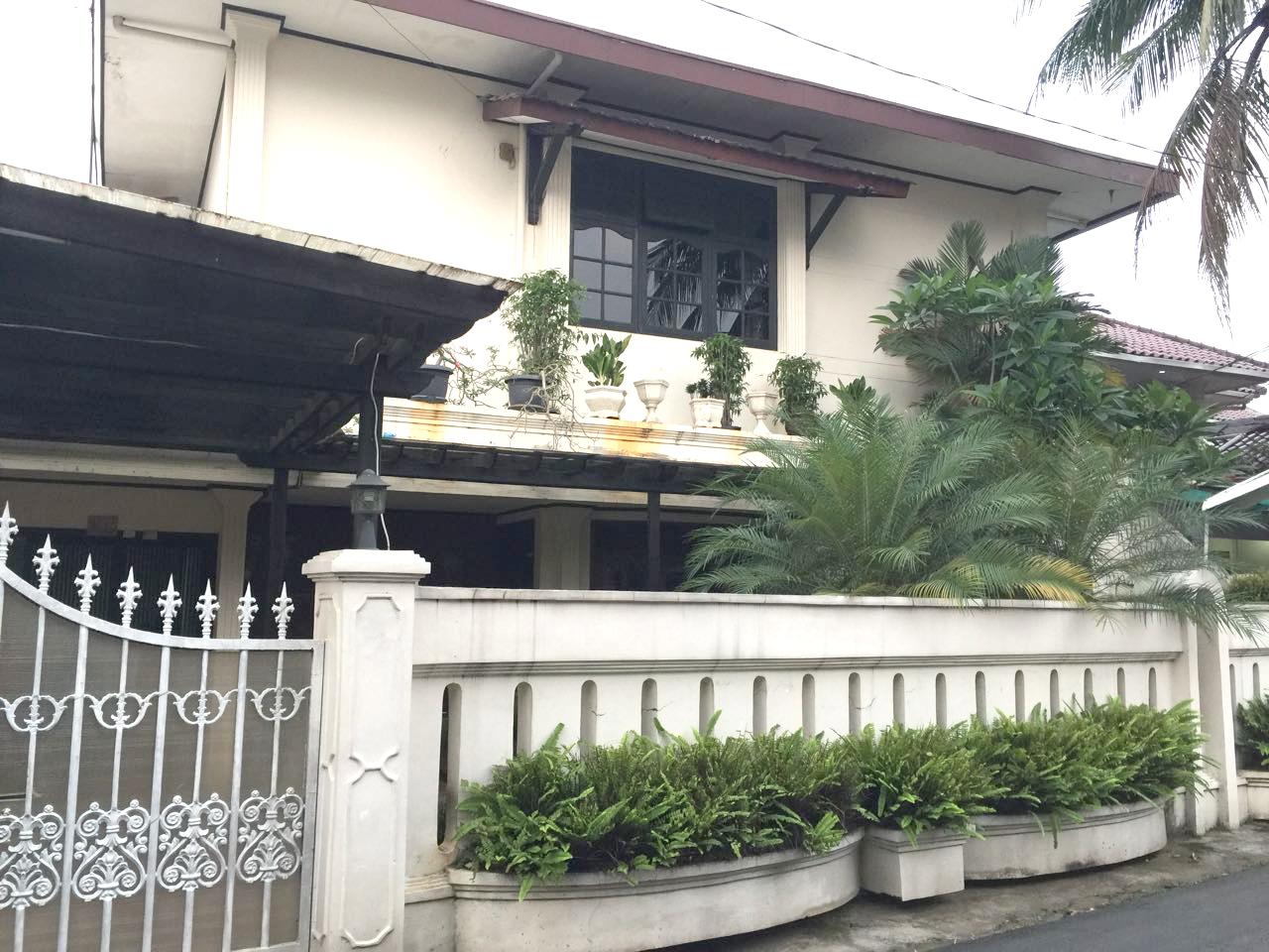 Rumah dijual nyaman, aman, akses lokasi sangat strategis @Jl Kesehatan-Bintaro