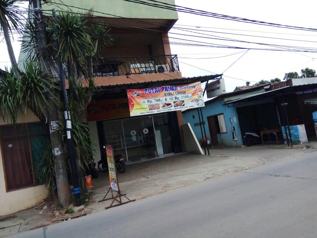 Ruko Dijual Lokasi sangat strategis, Pinggir jalan, Lokasi Ramai @Kunciran, tangerang