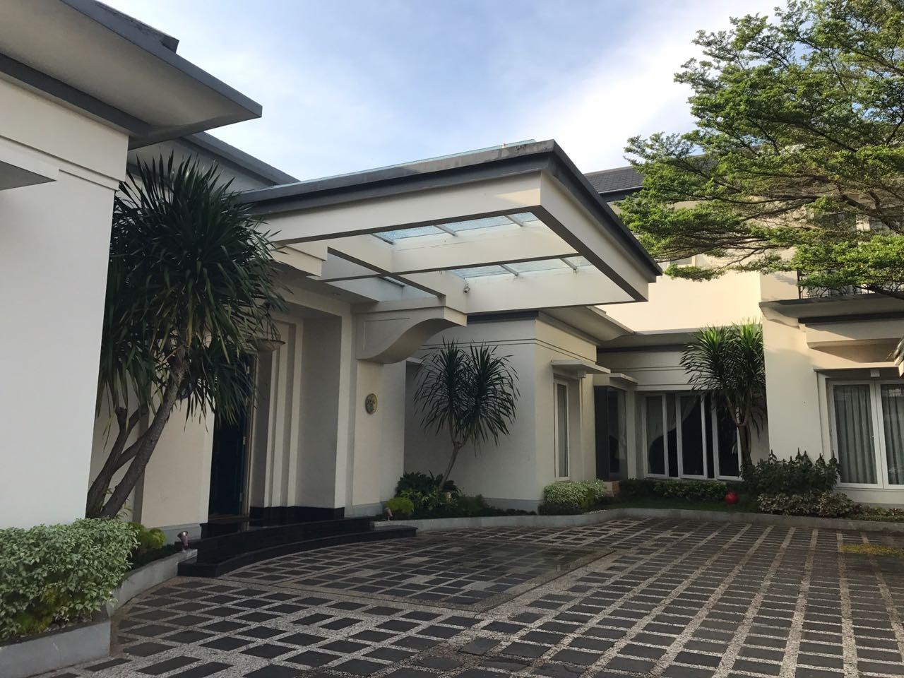 Bangunan Rumah Tinggal Siap Huni dan Bagus di Kebayoran Baru.