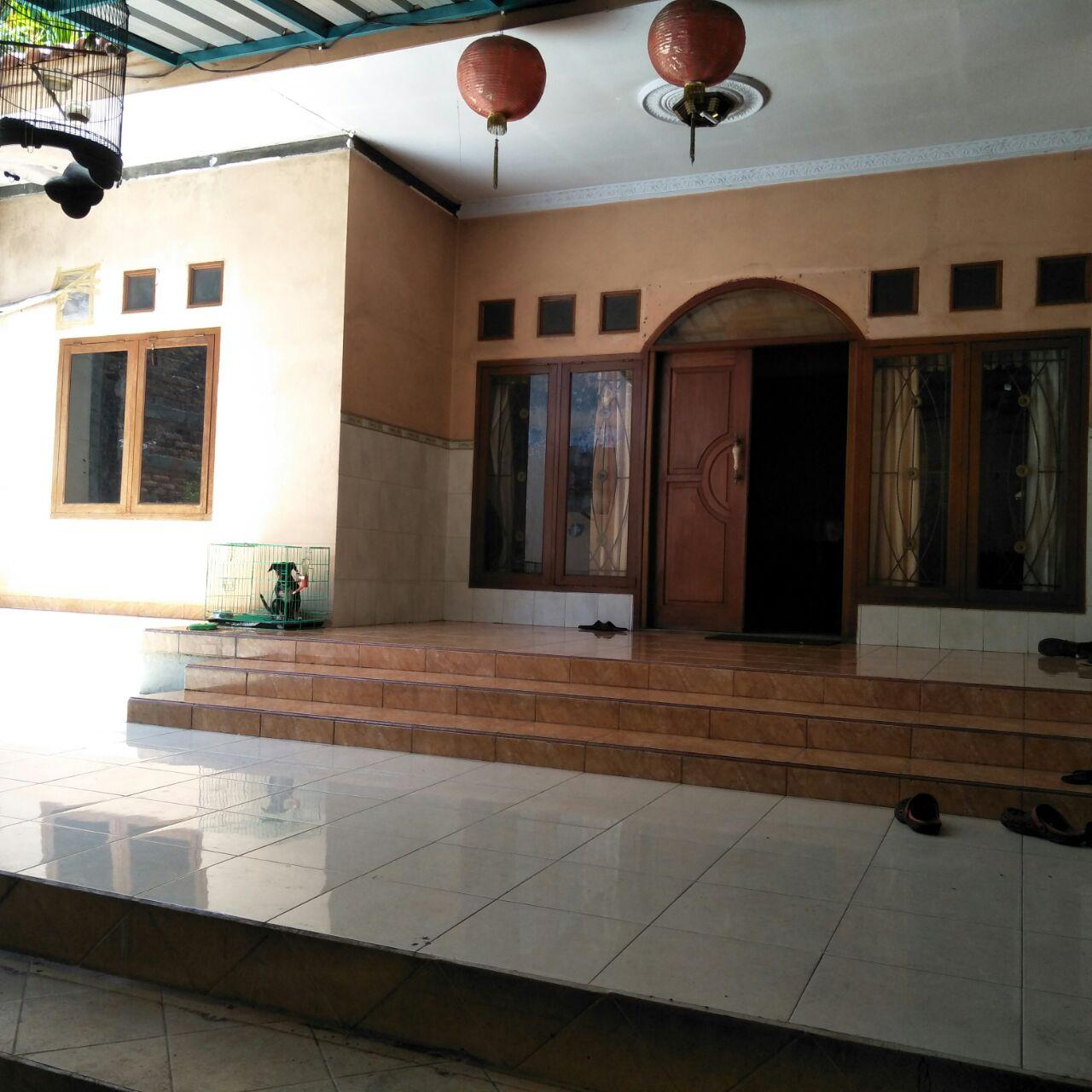 Dijual Cepat Workshop beserta rumah tinggal di pinggir Jalan Raya Citayam dekat stasiun depok lama