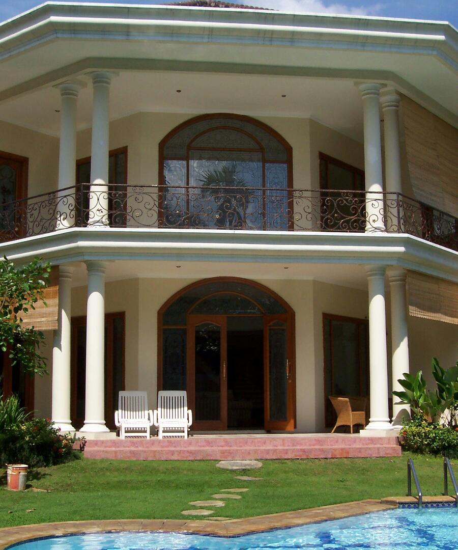 For Rent : Rumah Mewah di Area Kemang Timur, Jakarta Selatan