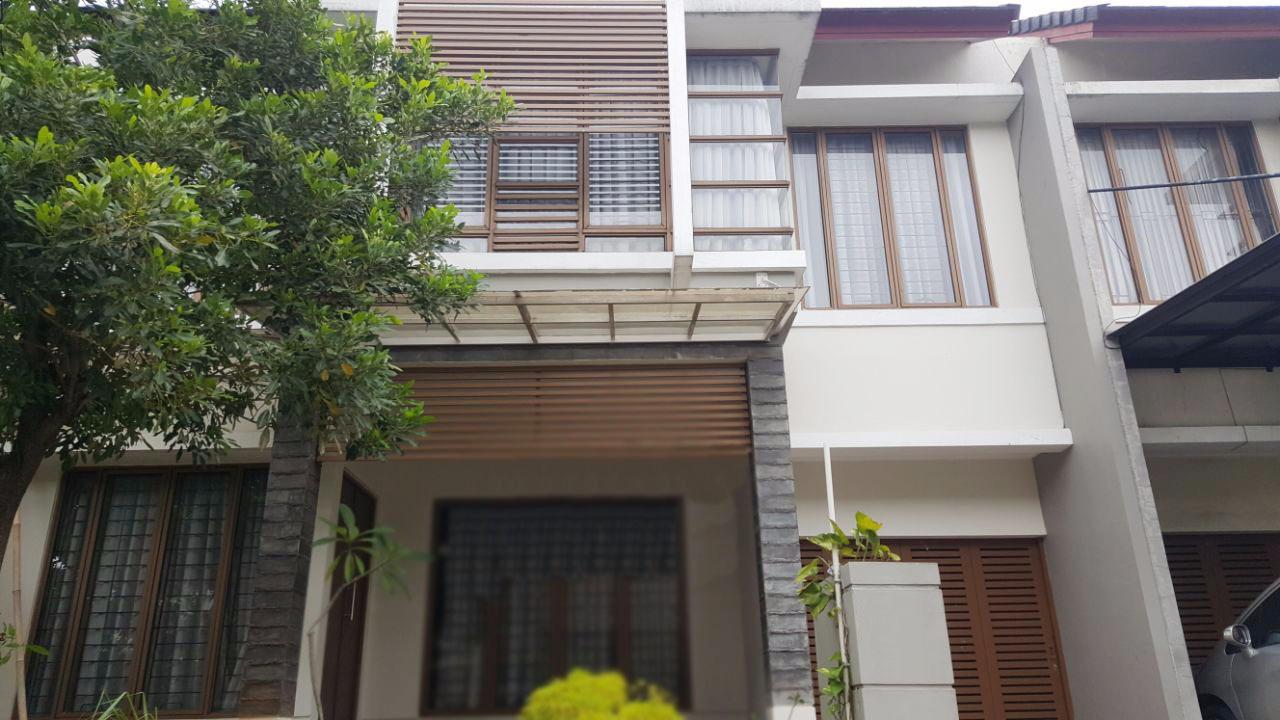 Dijual Rumah Nyaman dan Mewah di Cluster Emerald Garden, Bintaro