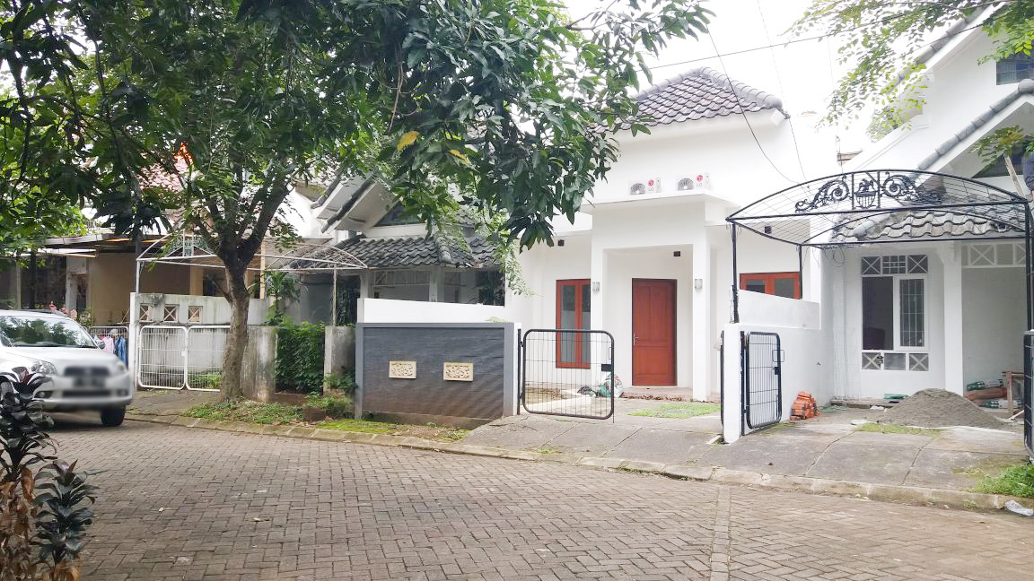 HOT SALE!!!! Rumah Dijual Siap Huni, Lokasi Strategis, dan Asri Di Villa Bintaro Regency, Bintaro