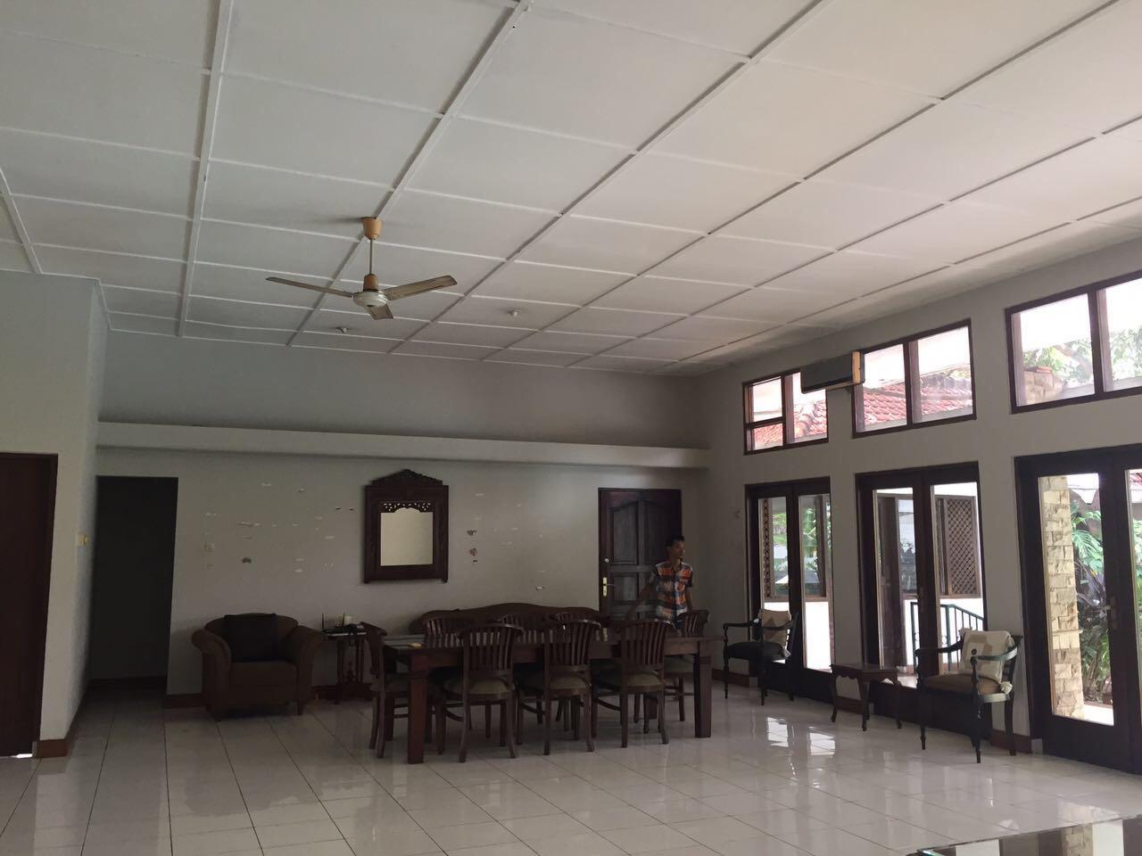 RUMAH STRATEGIS DI JL. BANGKA HANYA 5 MENIT KEBAYORAN BARU