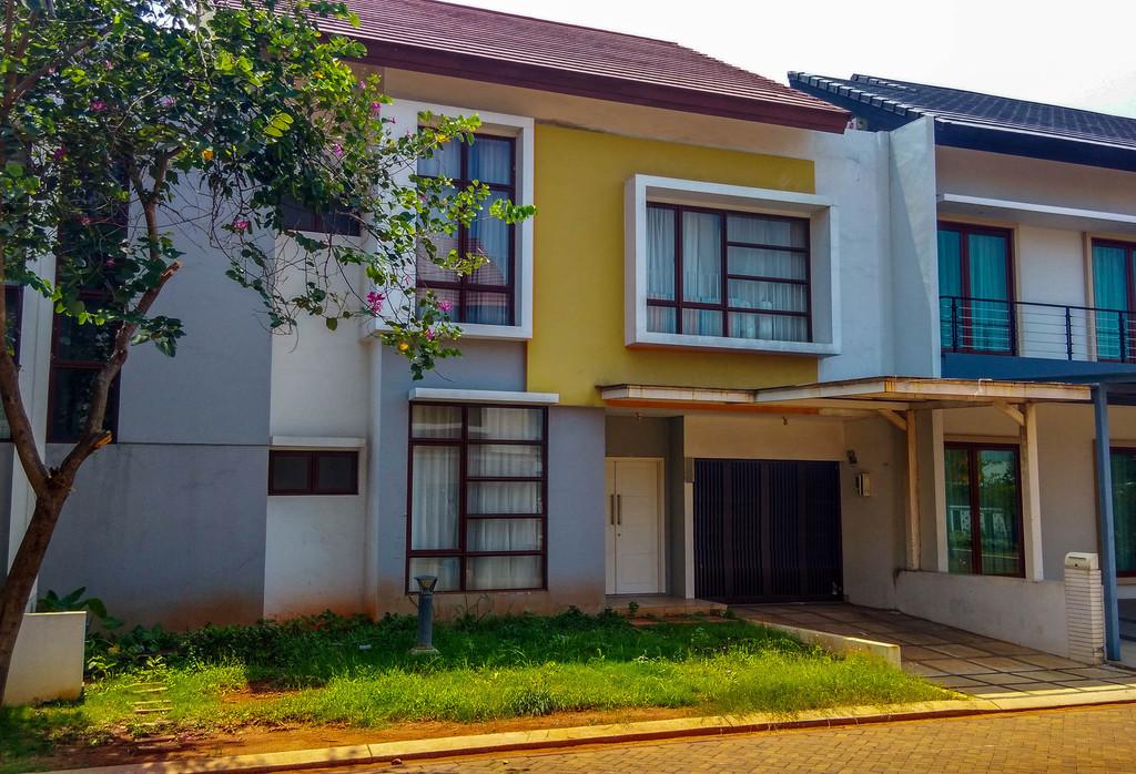 Rumah dijual Ukuran Large Harga murah di Jakarta Garden City, Cakung