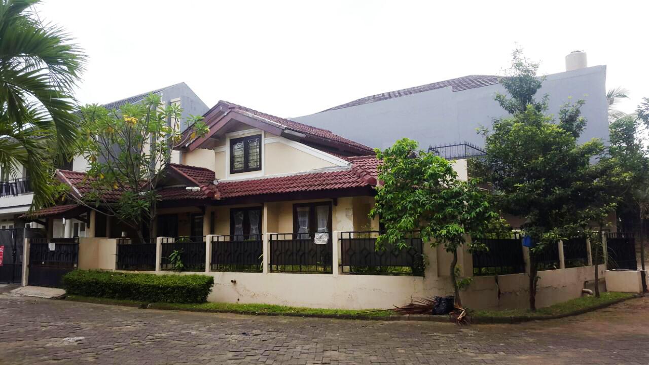 Rumah Asri dan Nyama Di Bintaro, Tangerang Selatan