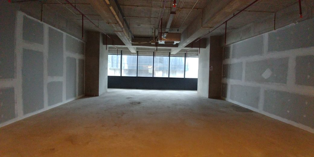 office space for rent distric 8