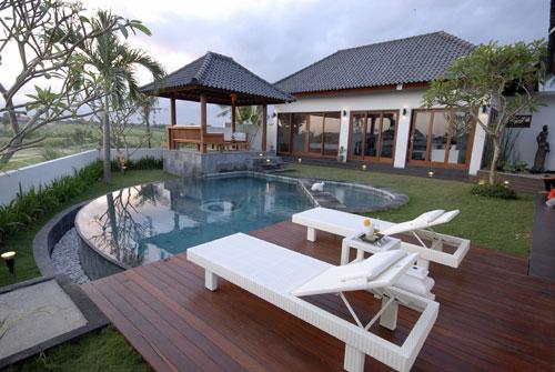 UNDER MARKET PRICE - Stunning Villa with Rice Field View