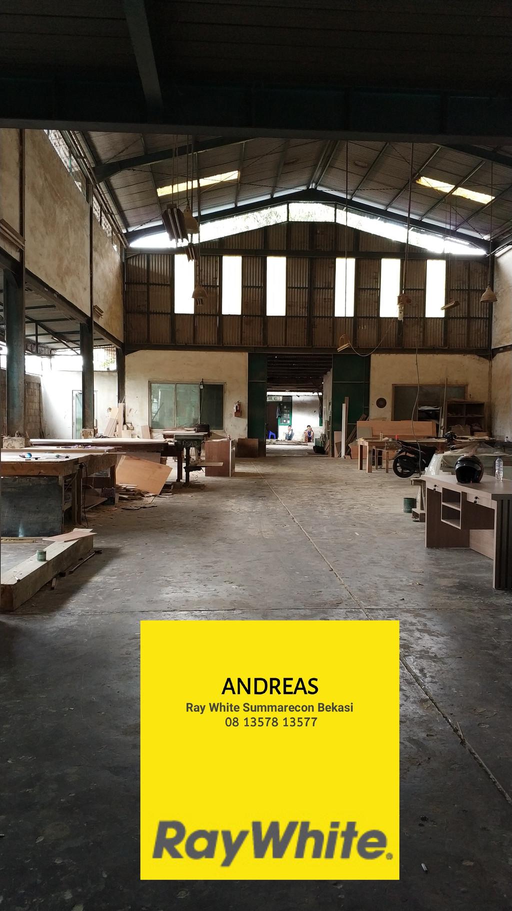 Dijual Cepat Bangunan 2 Lantai Konstruksi Baja ex Workshop