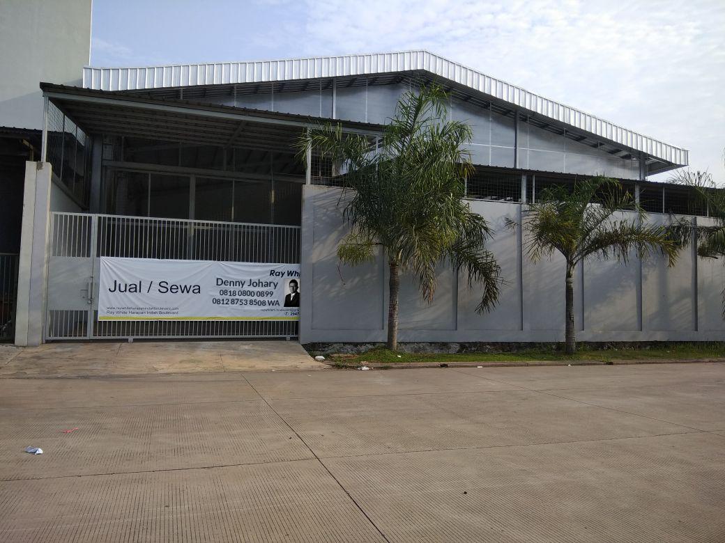Gudang dijual murah di Kavling Sentra Niaga, Kota Harapan Indah, Bekasi