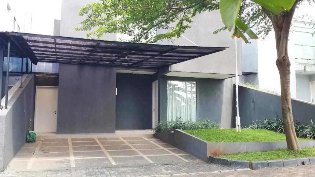 Rumah Siap Huni, Interior Bagus, dan Strategis @Ozone Residence, Veteran, Jakarta Selatan