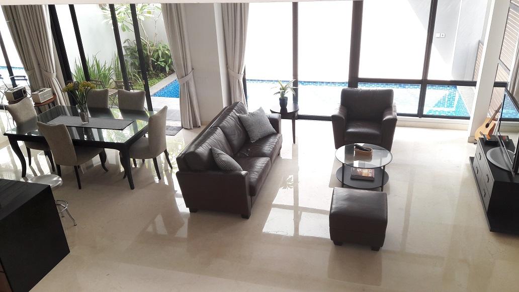 Brand New Townhouse di Cilandak, Hanya 2 KM dari CITOS, 4 BR, Private Swimming Pool, SHM, Luas Tanah 209 m2