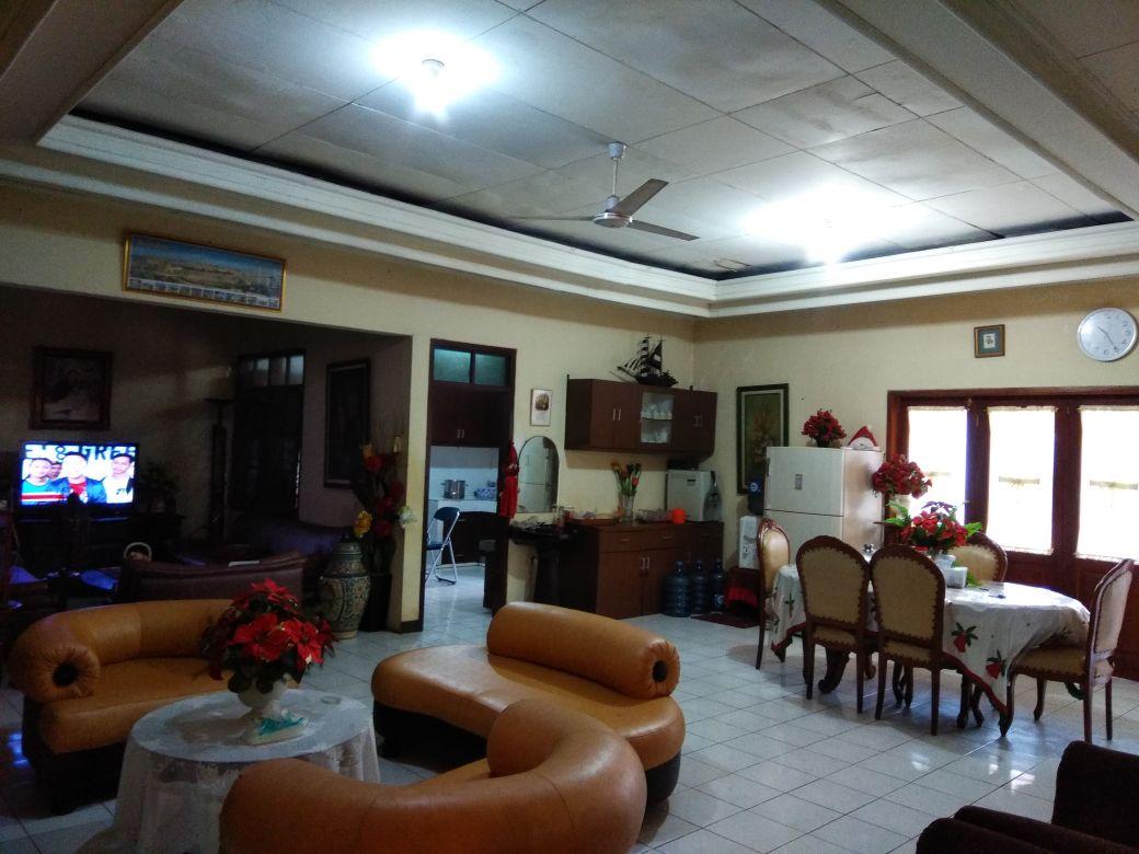 Bisa Untuk Usaha Kost Kostan,Jual Cepat Rumah dijual di Jatimakmur Pondok Gede