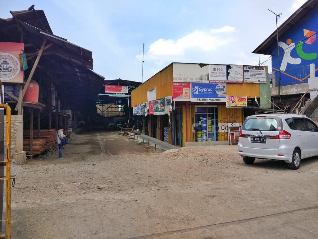 Gudang di Jual Jl Teuku Umar - Cibitung - Bekasi
