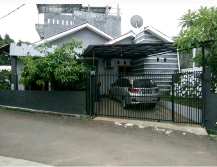 Dijual Murah Rumah Terawat di Bintaro,Sektor 3a