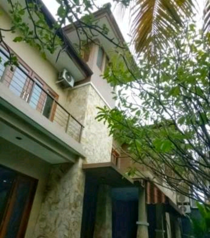 Dijual Rumah Desain Bali Luxurious House di Cilandak KKO