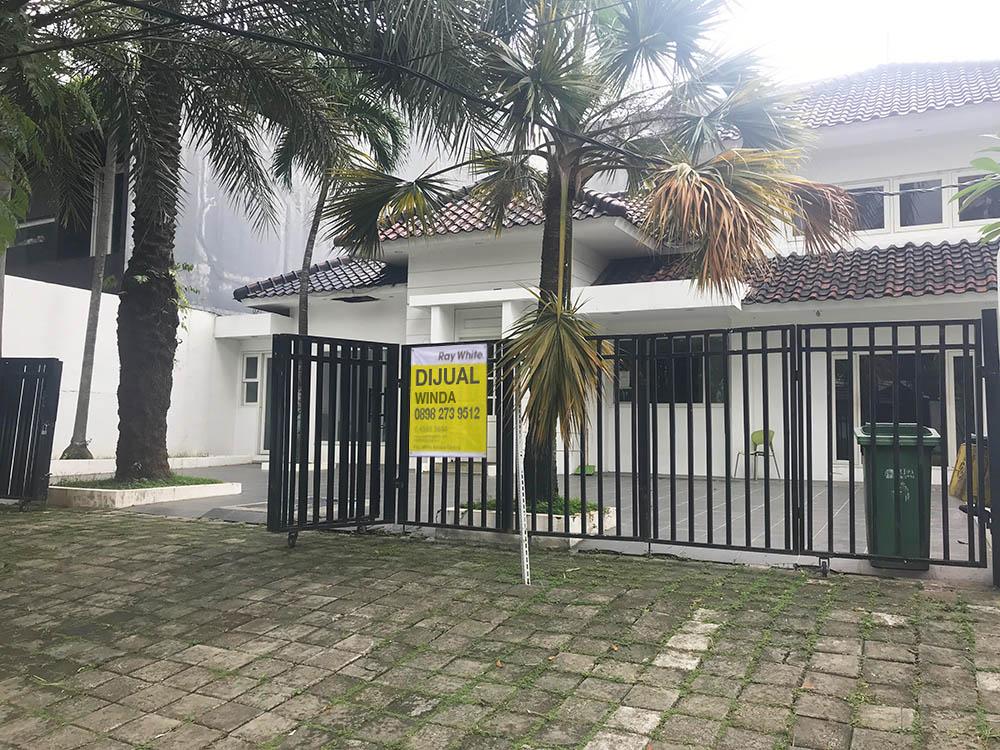 Rumah di Jual & Sewa Jl Bakti-Senopati-Kebaroran Baru-Jakarta Selatan