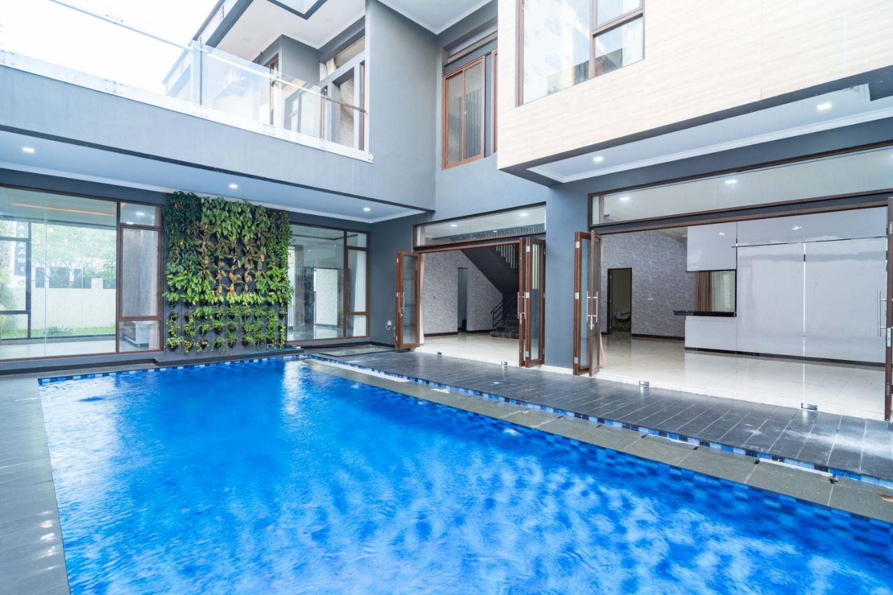 Dijual Rumah Baru Desain Mewah & elegan di Veteran Jaksel,Lingkungan Elit