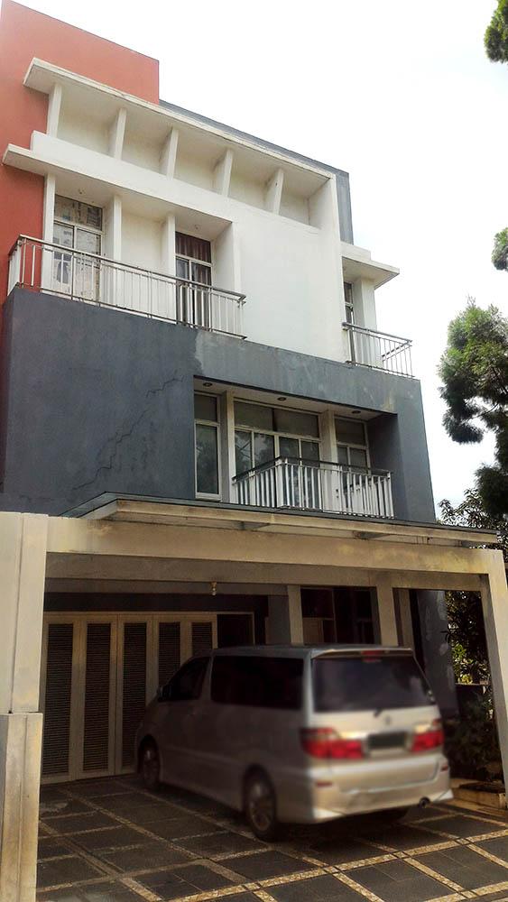 Rumah Hoek di Jual Gading Eight Residence-Kelapa Gading-Jakarta Utara