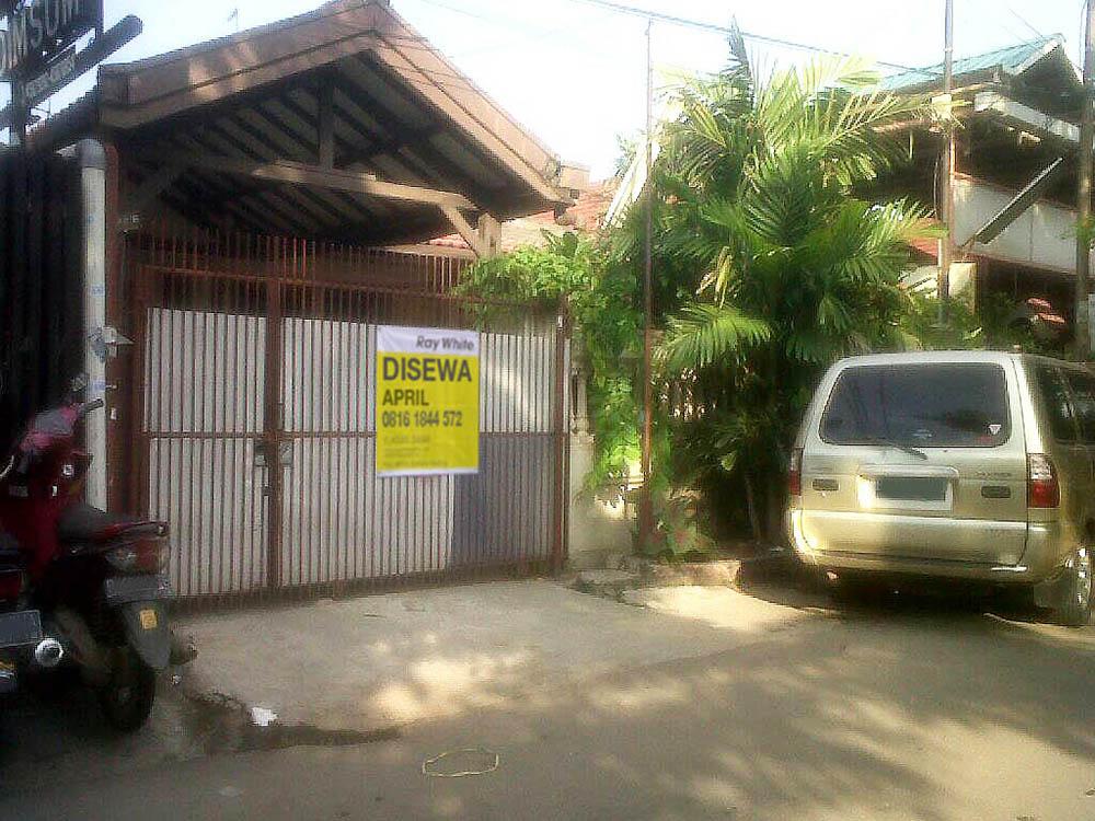 Rumah di Sewa Kelapa Cengkir Raya-Kelapa Gading-Jakarta Utara