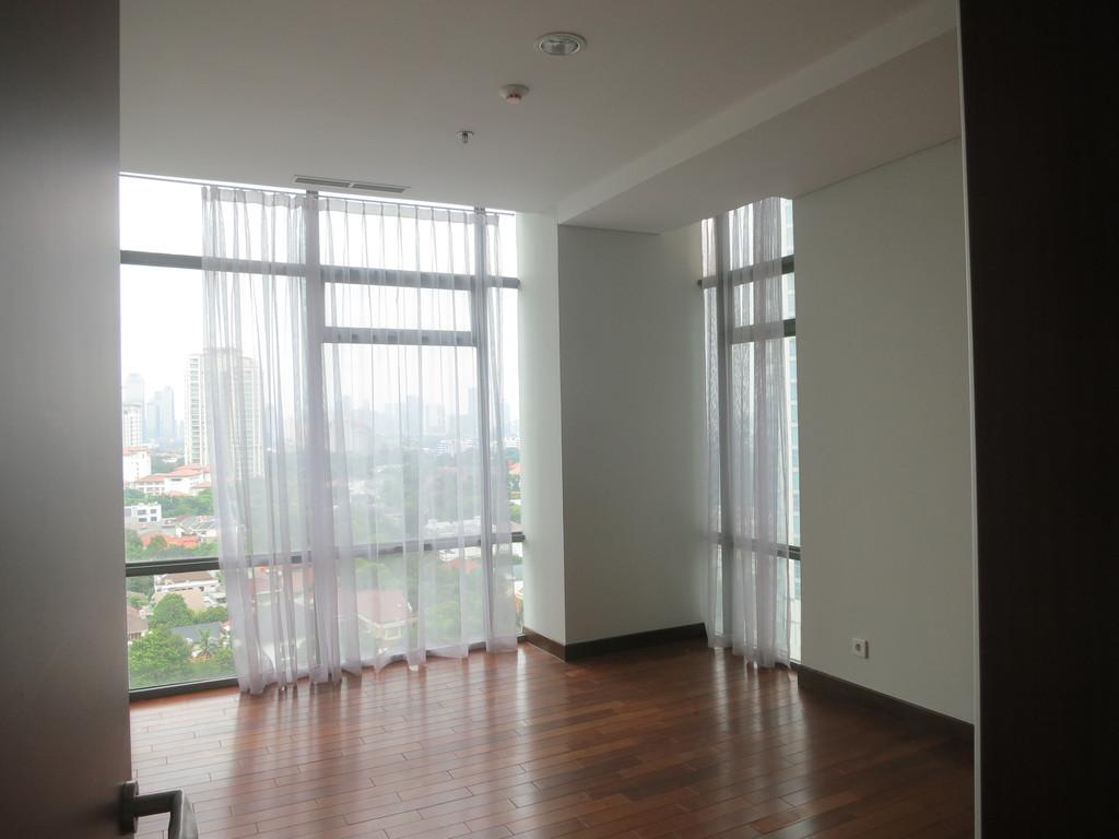 Kebayoran Baru - Essence Darmawangsa South Tower, 163 sqm, 3BR (THE BEST Price, ready unit)