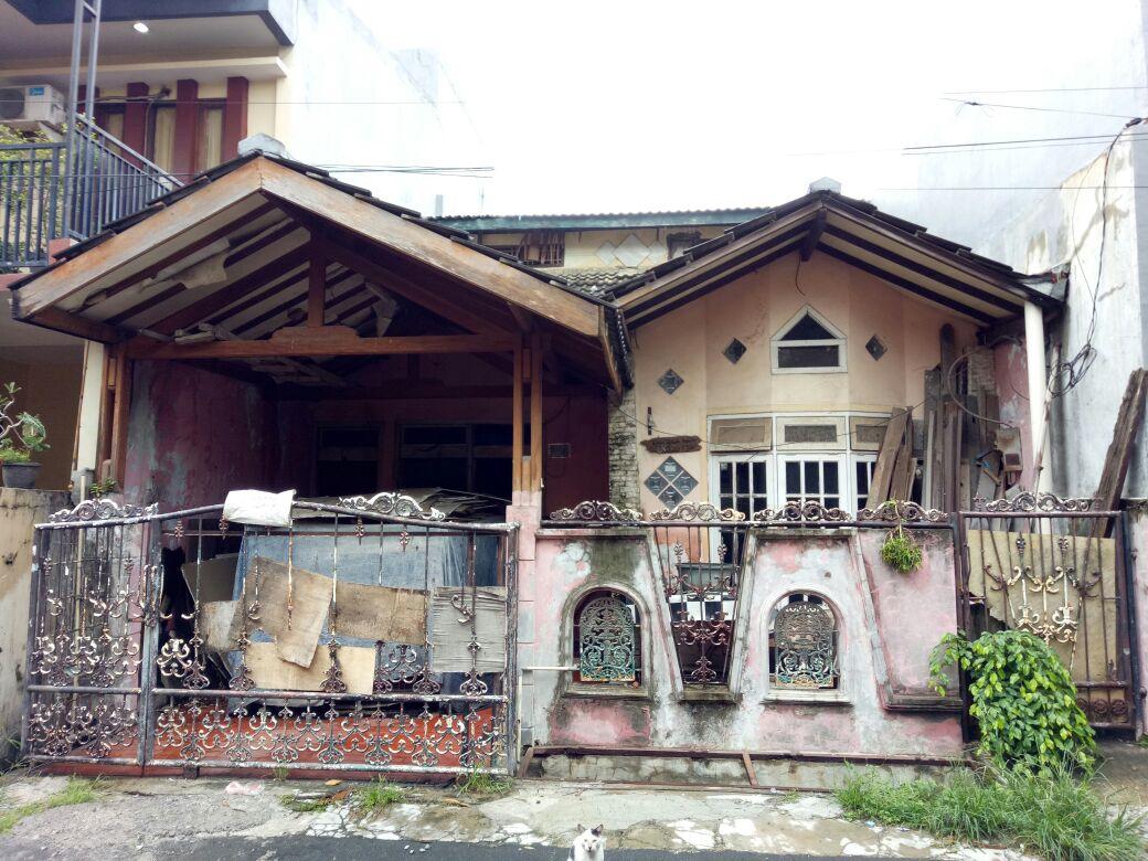 Dijual Cepat , Harga Damai ,  Rumah di Tytyan Indah Bekasi