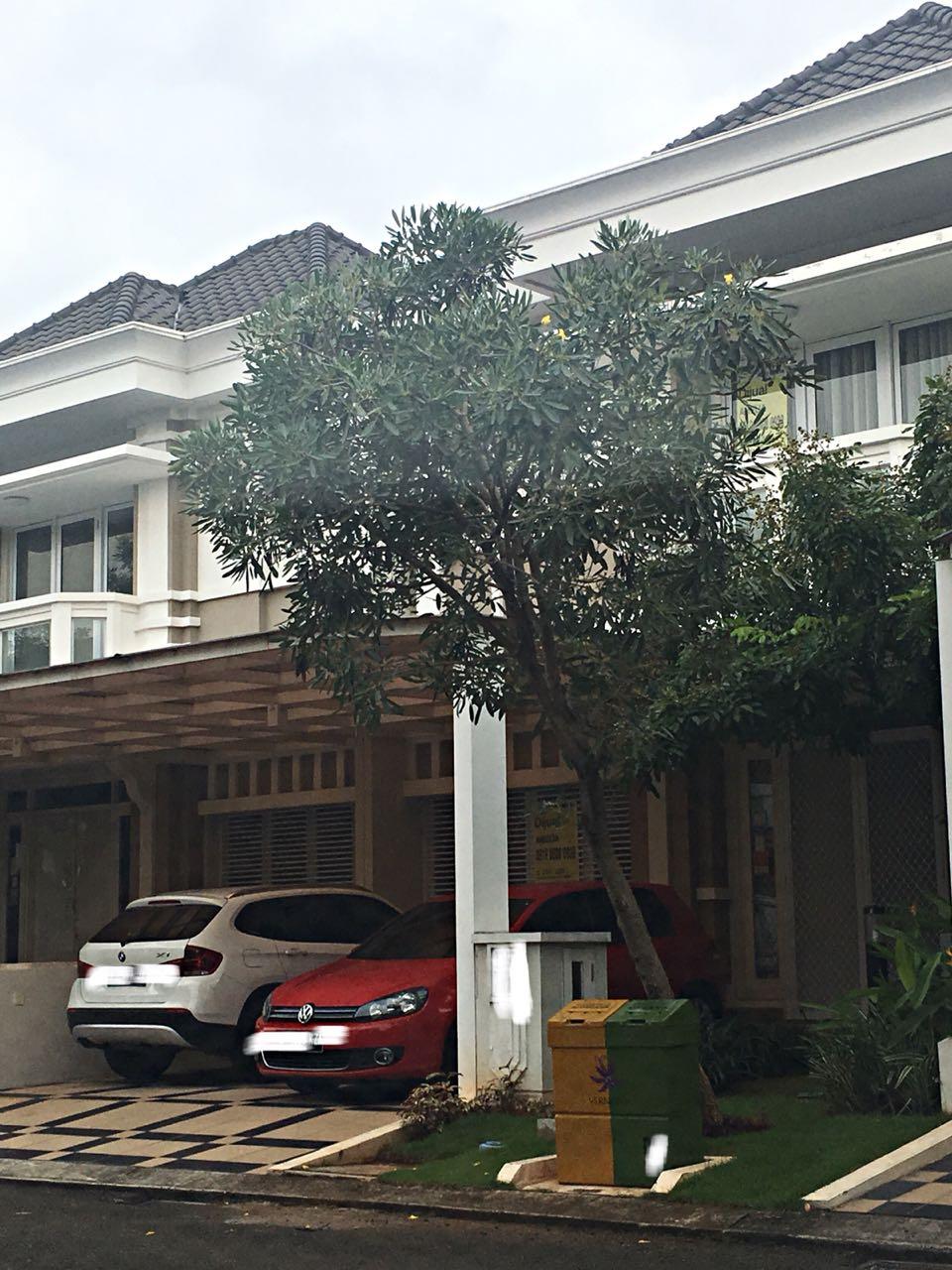 Rumah Cantik Fully Furnished Dijual Cepat di Summarecon Bekasi