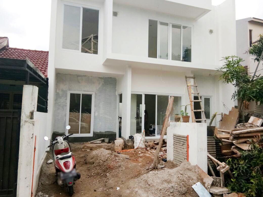 Rumah Luas dan Nyaman di Kawasan Graha Raya Bintaro
