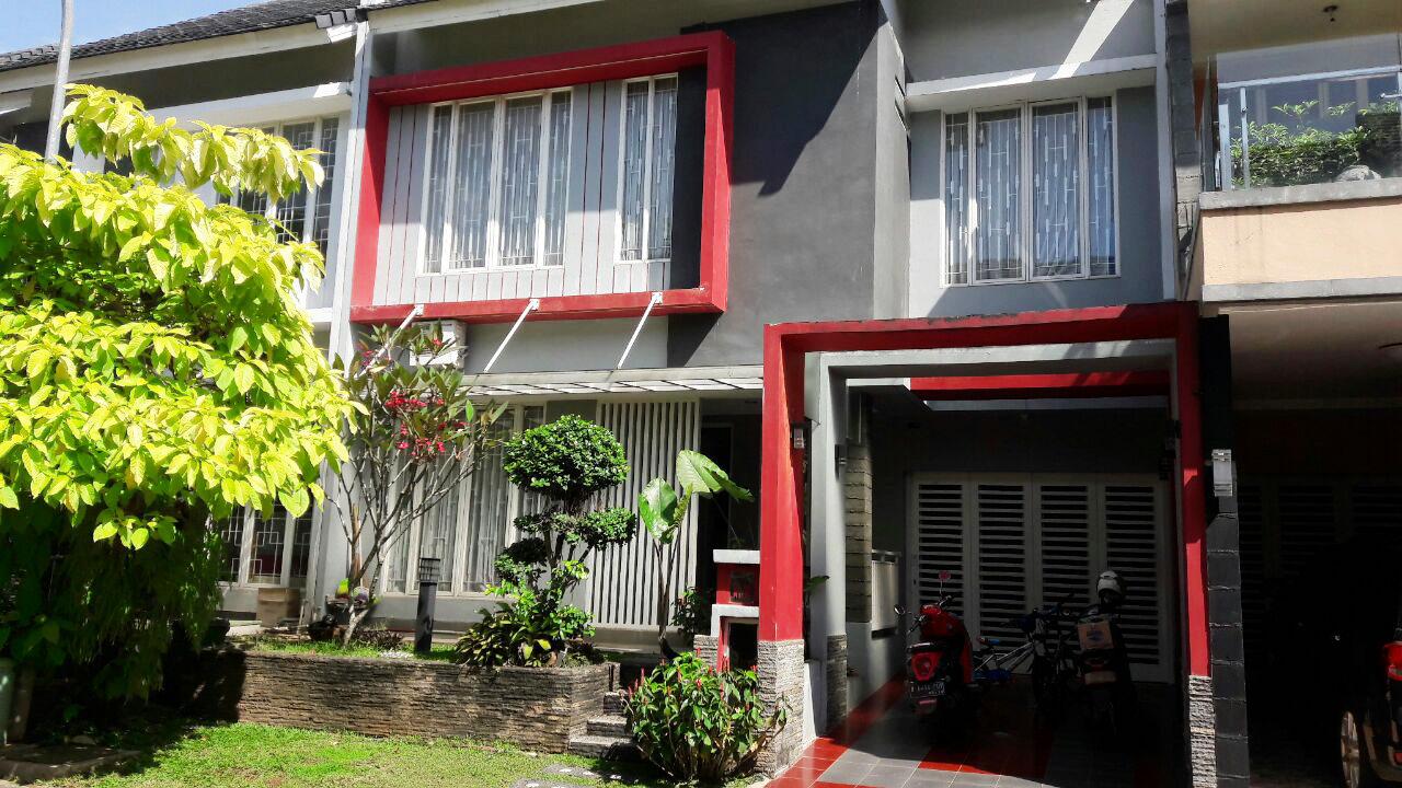 Rumah Nyaman di Cluster Emerald, Bintaro