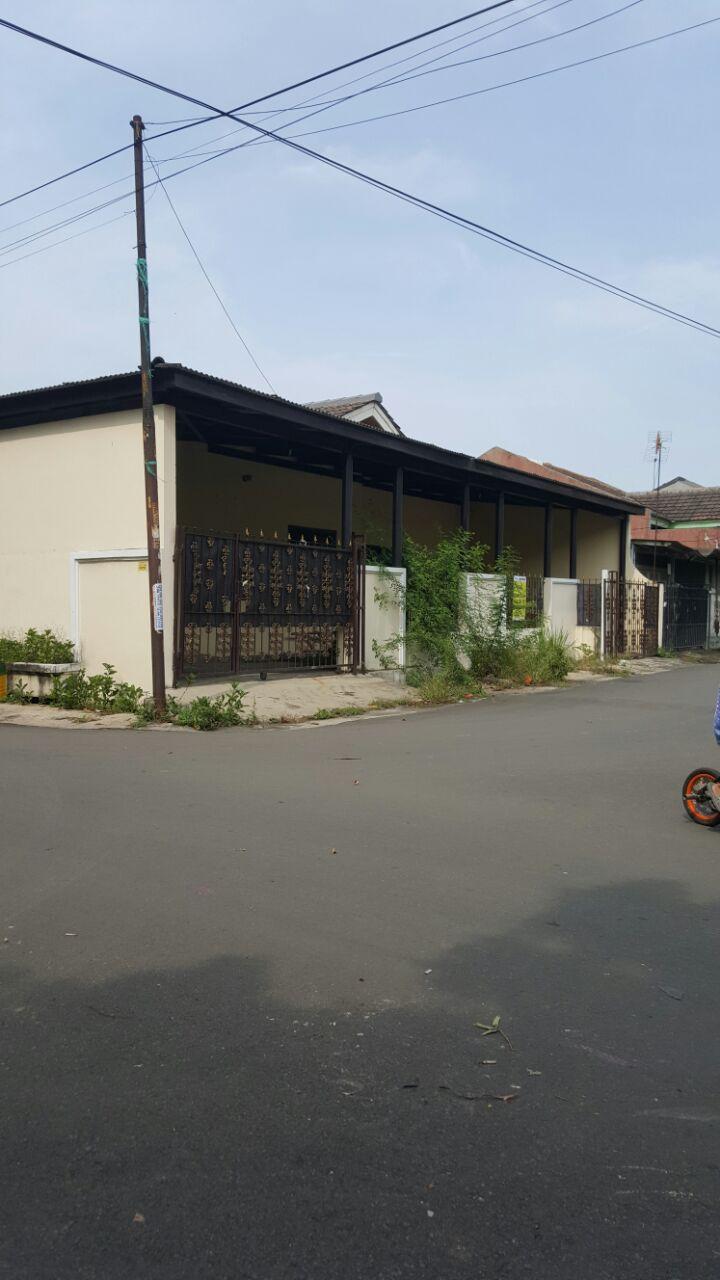 Rumah Hoek, Cocok Untuk Usaha dan Hunian @Taman Titian Indah - Bekasi