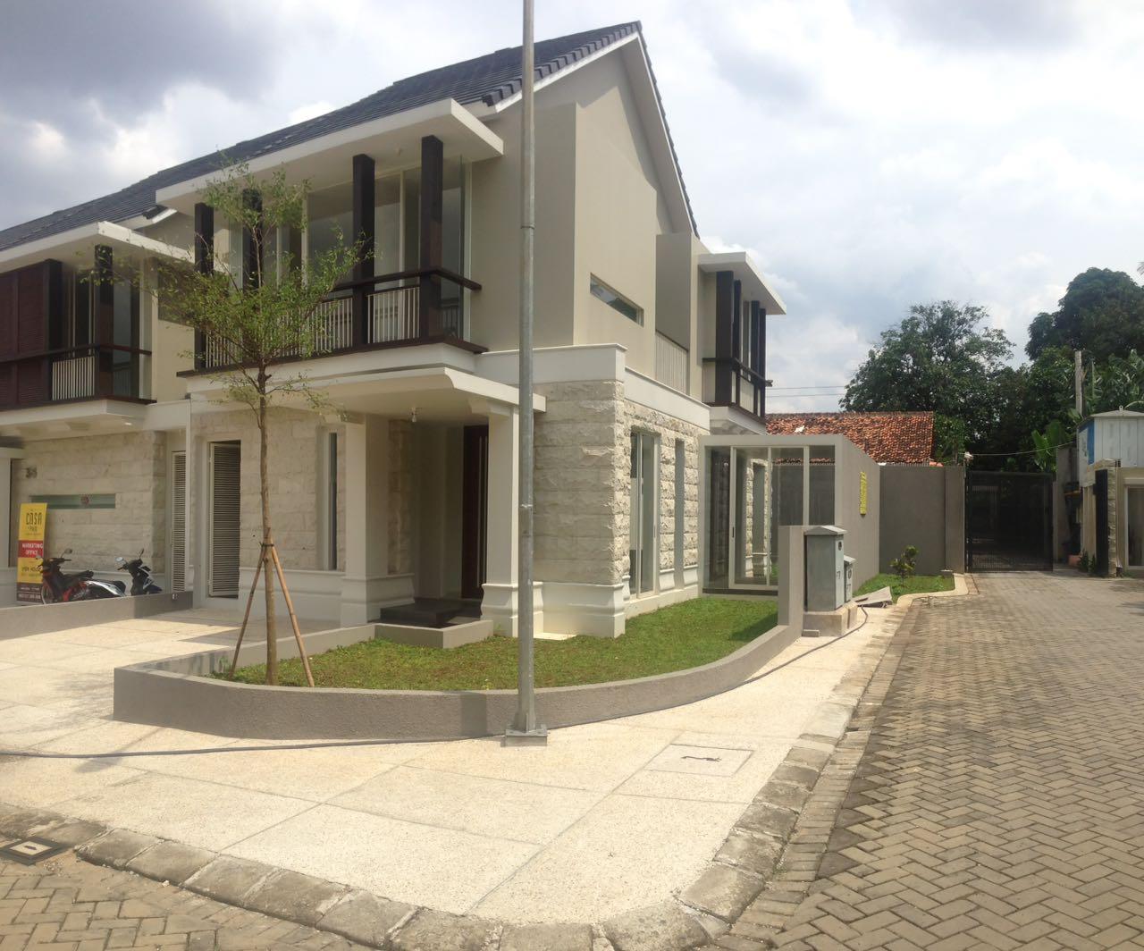 Cilandak, Jakarta Selatan - CASA AT PASO Townhouse (Ready, Brand NEW), rumah nyaman, lingkungan tenang.