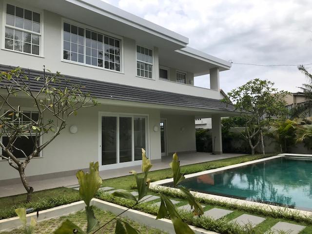 Leasehold  4 Bedroom Brand New Villa in Umalas