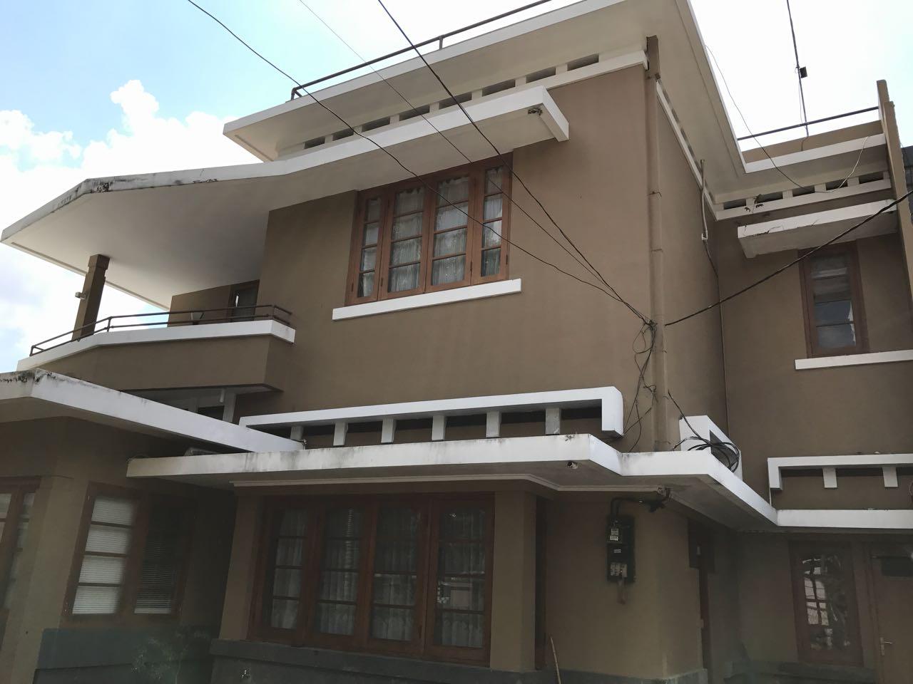 For Sale : Rumah Siap Huni di Jl Prambanan, Menteng, Jakarta Pusat