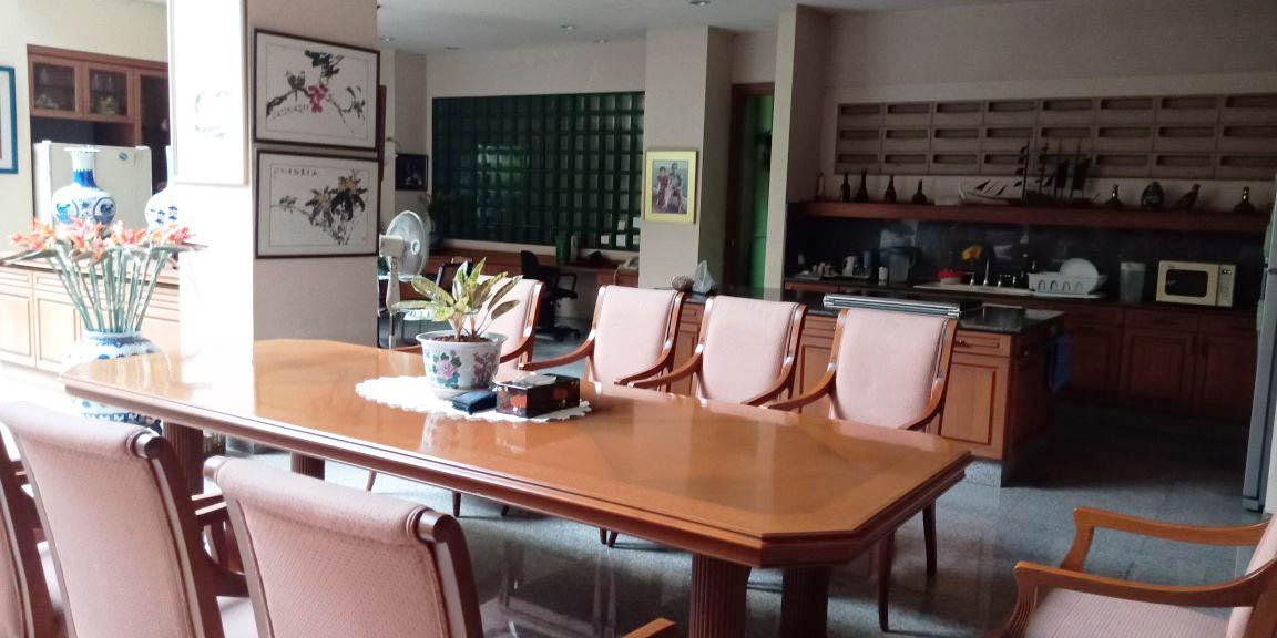 Rumah di Jual Tampak Siring Indah-Kelapa Gading-Jakarta Utara
