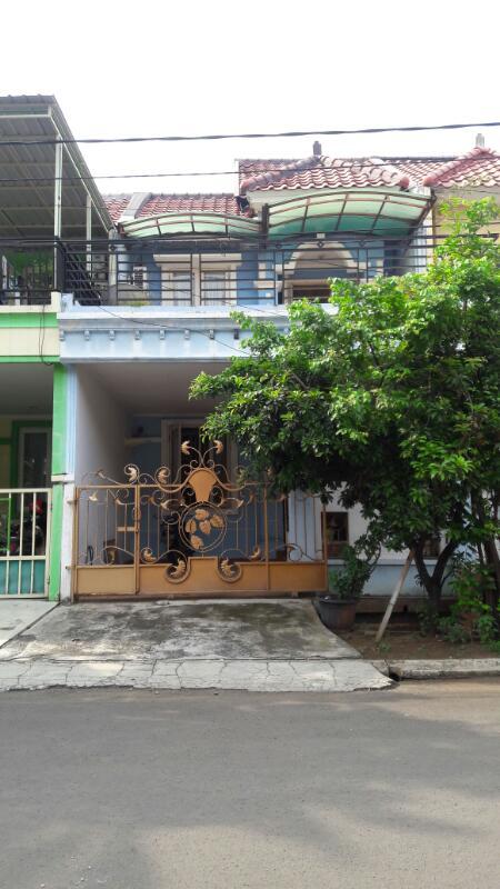 Rumah dijual cluster Taman Puspa di Harapan indah 2,Bekasi