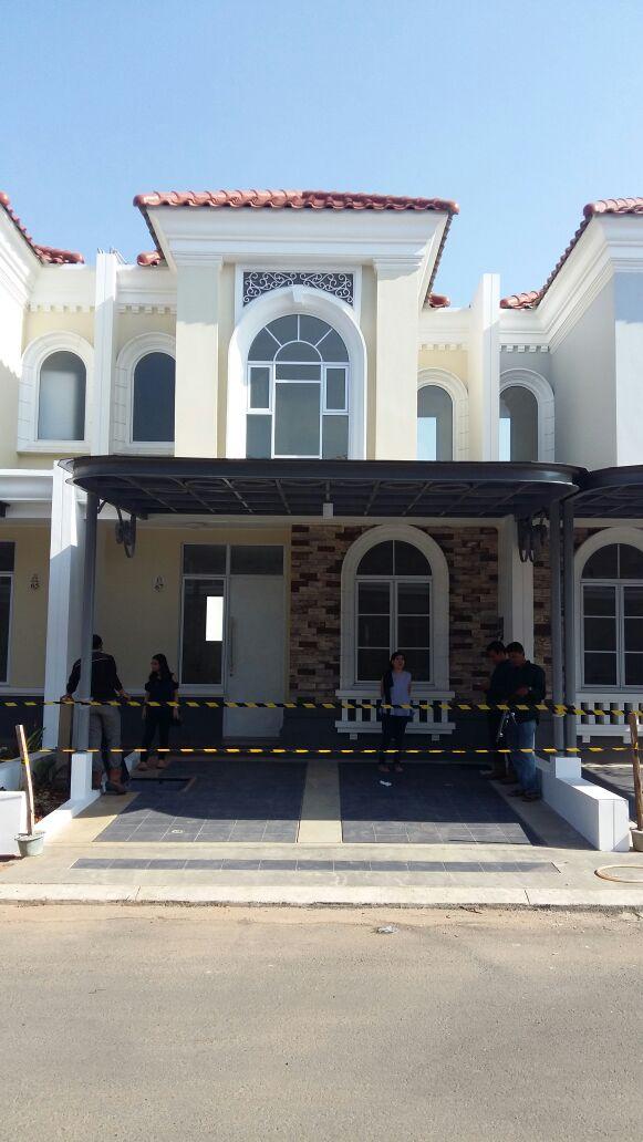 Rumah baru dijual Cluster La Seine di Jakarta Garden City