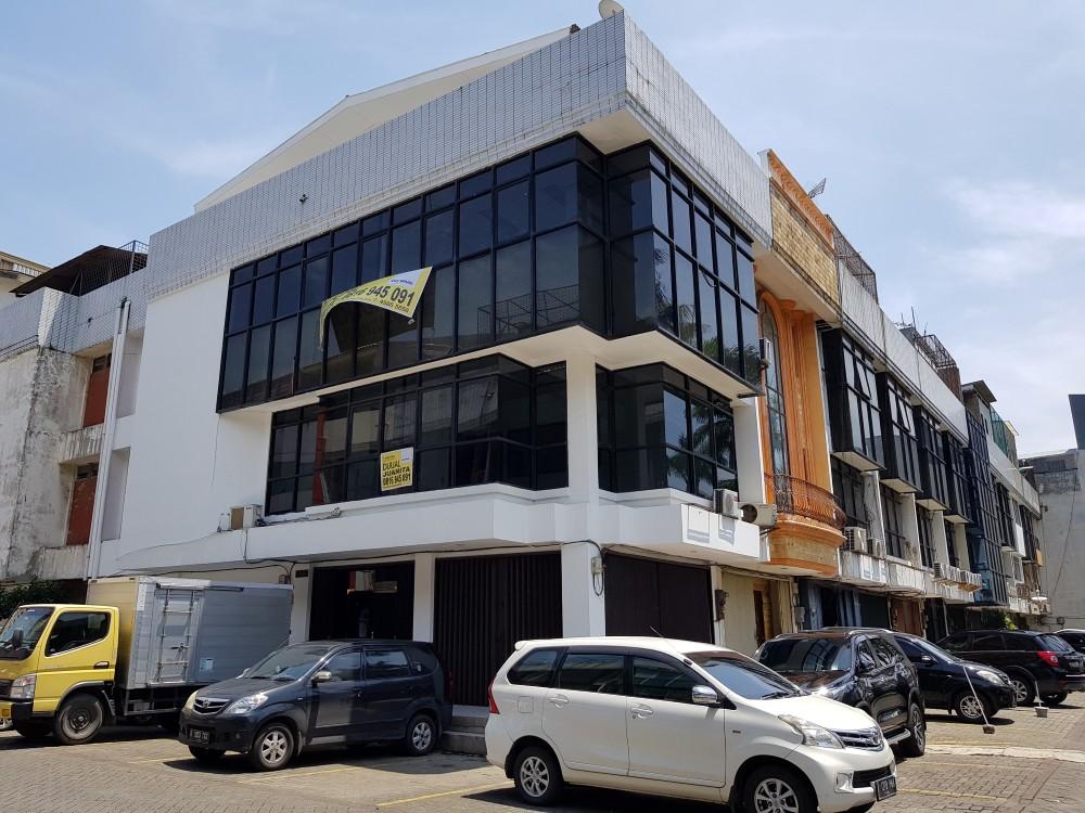 Ruko Hoek di Jual Bahan Bangunan Mangga Dua Raya-Jakarta Pusat