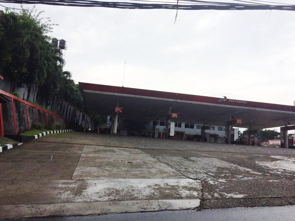 Dijual POM Bensin di Cirende Raya, Ciputat Timur