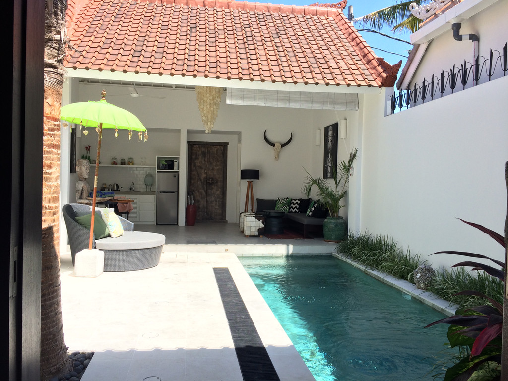 BRAND NEW VILLA FOR LEASE IN CENTRE OF SEMINYAK BALI