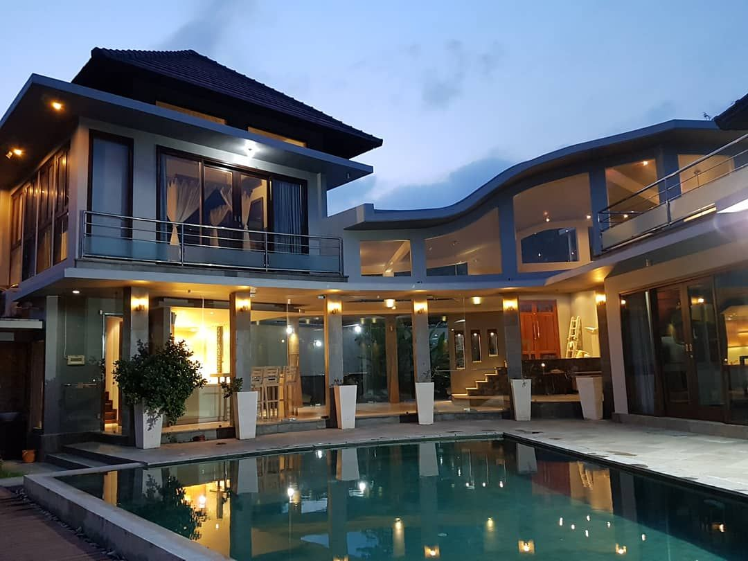 Modern Villa With Unbloked Paddies View Close to The Beach