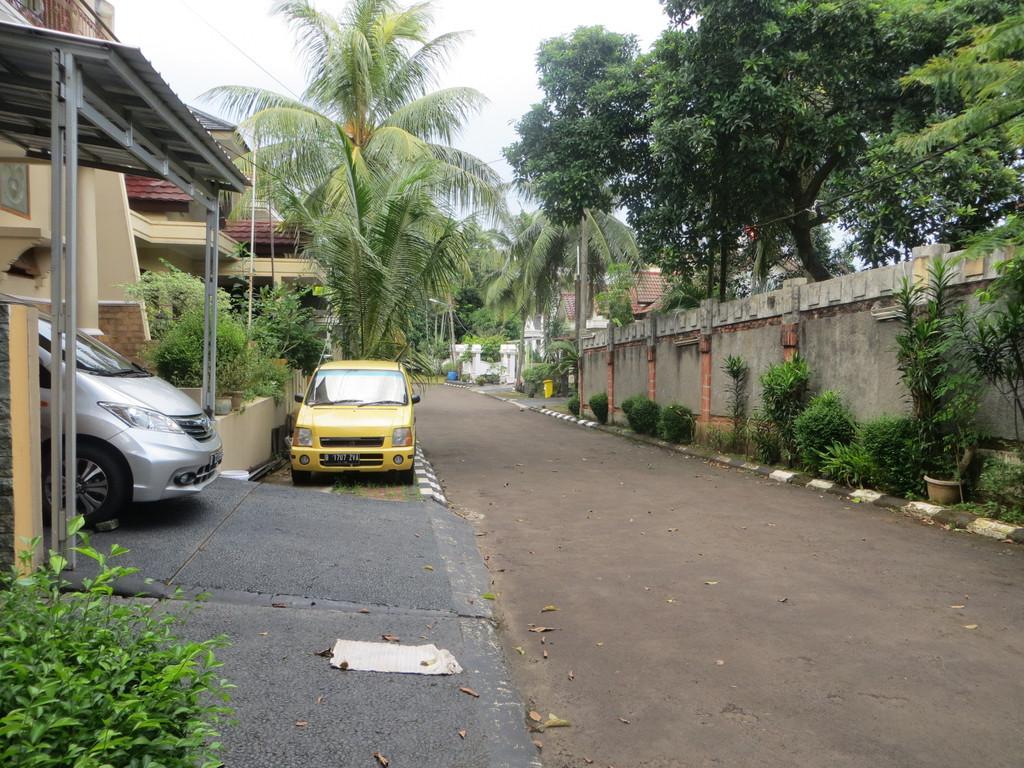 Rumah Bagus di Lokasi Nyaman di Gema Pesona Estate, Jl. Tole Iskandar - Depok