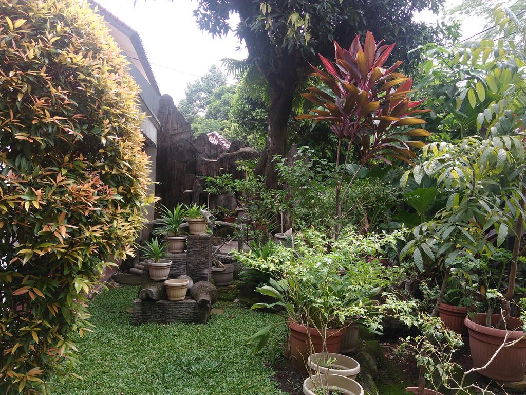 Di Jual rumah jalan lebar dan tenang jl Ciasem  Kebayoran Baru Jakarta Selatan