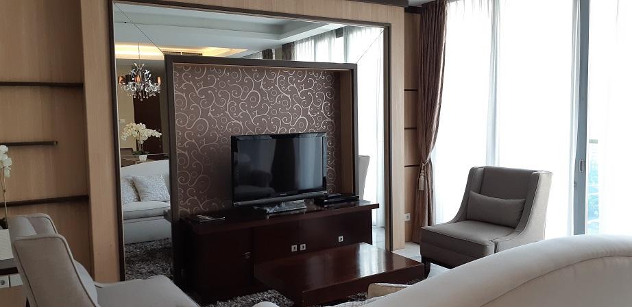 Apartemen di Senayan City Residence, Tower A, Lantai Atas, Furnished, Luas 208 m2
