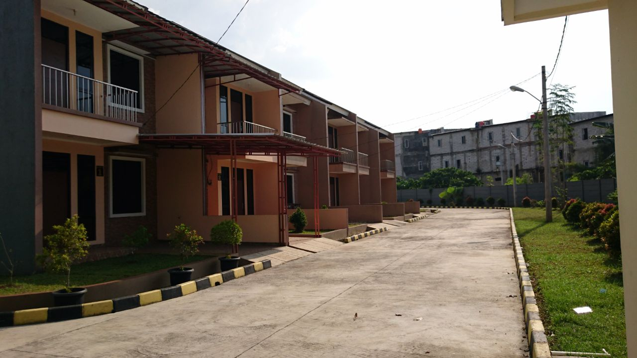 Rumah Murah, Bagus, siap Huni, Lokasi strategis di Ceger