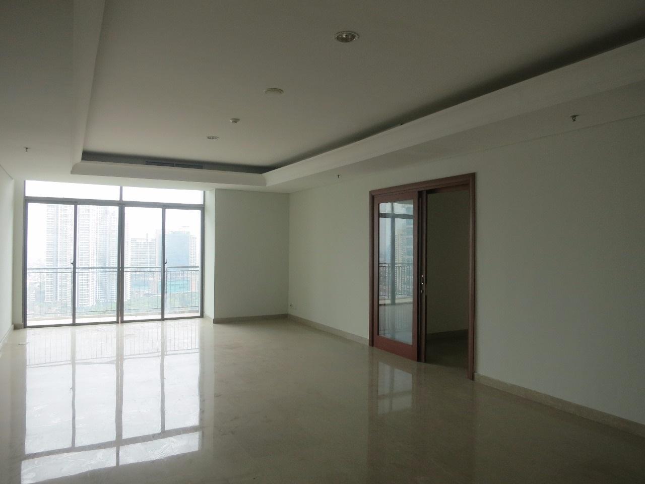 Apartemen di Essence Dharmawangsa, South Tower, High Floor, 3+1 Bedrooms, Private Lift, Semi Furnished