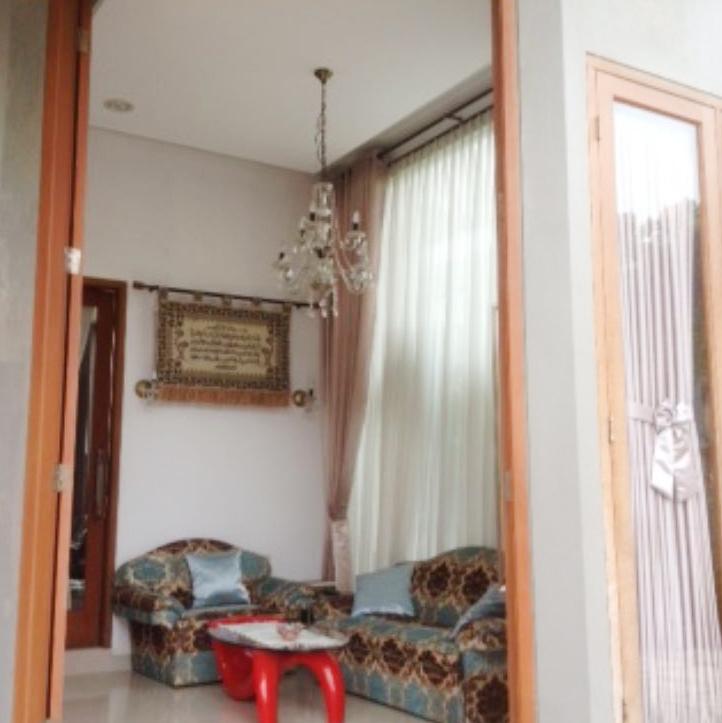 Rumah Nyaman dan Siap Huni di Kawasan Mampang Prapatan,Jakarta