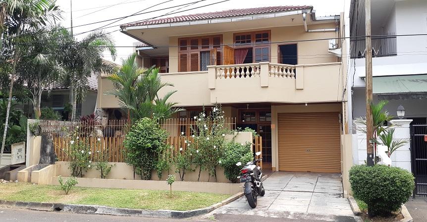 Rumah di Pondok Indah, Dekat Dengan Mal PIM 2, Hadap Timur, SHM, Luas Tanah 266 m2