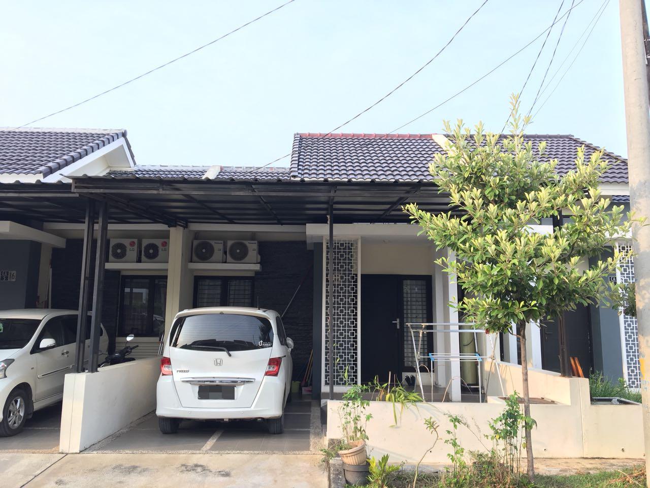SEMI FURNISH ,Sudah Renovasi Rumah dijual di Harapan Mulya Regency