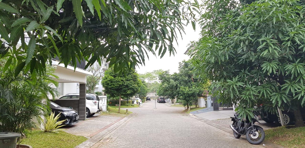 Rumah Bagus siap Huni, lingkungan asri di Kebayoran Garden Bintaro