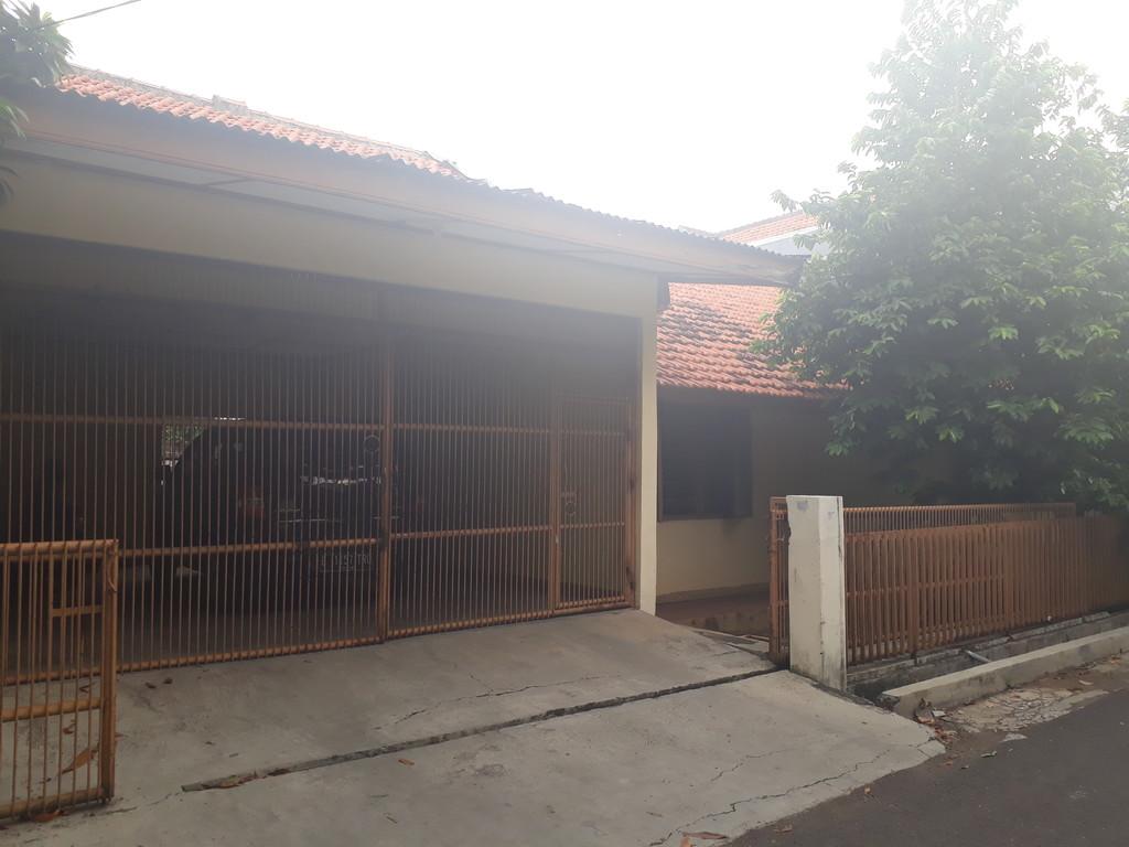 Dijual Rumah tua siap bongkar di Komplek Perhubungan Rawamangun, Jakarta Timur